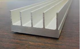 R43 Алюминиевый профиль