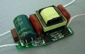 RLDD15-1 Диммируемый светодиодный драйвер 220 В, 9 Вт, 600-620 мА